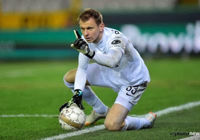 Keeperstrainer Kujovic (41, ex-Club Brugge) wordt weer even reservedoelman