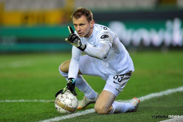 Âgé de 41 ans, le coach des gardiens, Kujovic (ex-FC Bruges), redevient joueur