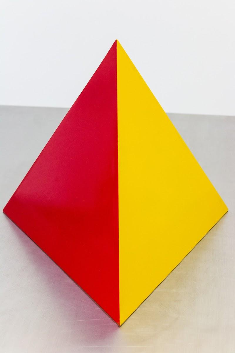 Piramide o rombo? di Jiggly