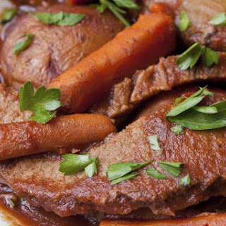 Slow Cooker Beef Brisket and Vegetable Recipe for Low Carb Diet