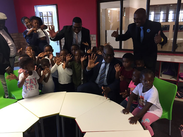 Gauteng premier David Makhura and education MEC Panyaza Lesufi visited Tsakane in Ekurhuleni to unveil 33 'smart' classrooms. Menzi Primary School's technology classroom is fitted with a big touch-screen TV, pupils will use tablets and there is a soccer field and a tennis court.