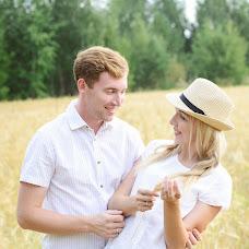 Wedding photographer Olesya Karakulova (Fishka). Photo of 03.08.2016