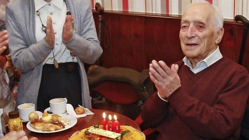 Antonio Bonaque, en la celebración de su 103 cumpleaños (Foto: álbum familiar).