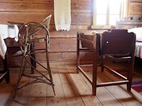 Photo: Vaikiška kėdutė ir lopšys