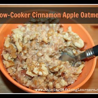 Slow-Cooker Cinnamon Apple Oatmeal