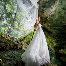 Wedding photographer Vincent van den Berg (pixanphoto). Photo of 06.04.2015