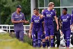 📷 Anderlecht-spelers krijgen nog leuke boodschap van de harde kern