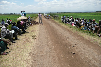 Photo: SRI Meeting held at Mwea Irrigation Scheme on Wednesday 15th Sept 2010. [Photo Courtesy of Bancy Mati]
