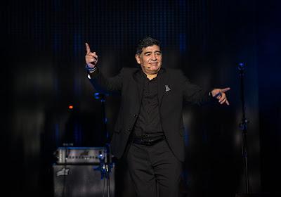 📷 Diego Maradona : hommages de la planète foot, deuil national et minute de silence