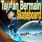 Taufan Bermain Skateboard