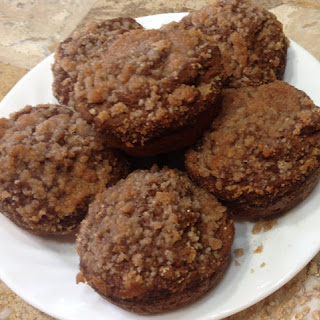 Amazing Applesauce Muffins with Streusel (sugar-free, gluten-free).
