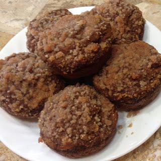 Amazing Applesauce Muffins with Streusel (sugar-free, gluten-free).