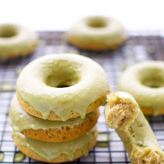 Matcha Baked Donuts With Matcha Glaze