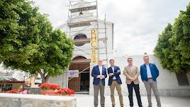 El alcalde y diputados han visitado la iglesia de San Juan de Polopos.