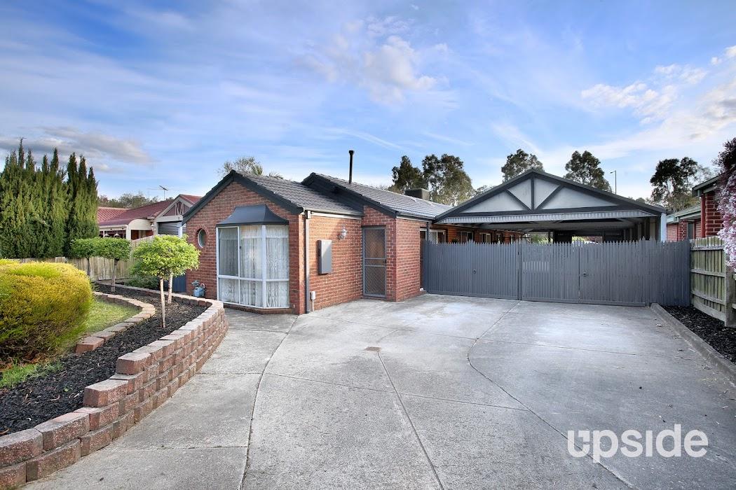 Main photo of property at 13 Wimmera Court, Berwick 3806