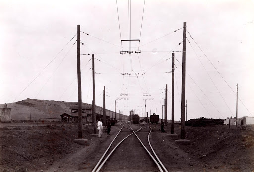 Overhead line at the route of a station in the Linares-Almería line