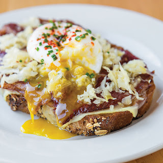 Corned Beef Toast with Poached Egg