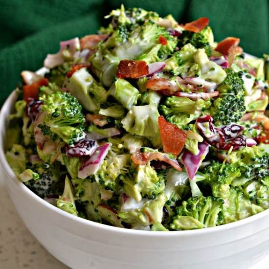 This Broccoli Salad Comes Together In About 10-15 Minutes And Is Perfect For Potlucks, Family Reunions And Pool Parties.