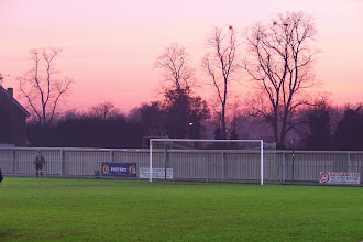 Photo: 10/12/05 v Clevedon Town (Southern League 1W) 1-3 - contributed by Paul Sirey