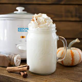 Crock Pot Pumpkin Spice White Hot Chocolate.