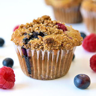 Mixed Berry Streusel Muffins