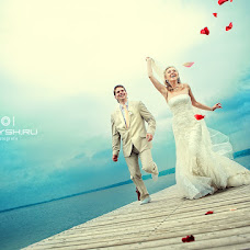 Wedding photographer Galina Dobysh (gala-photo). Photo of 22.10.2012
