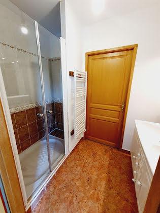 Location maison 8 pièces 222 m2