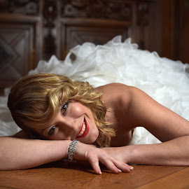 The Gay Bride by Marco Bertamé - People Portraits of Women ( bride, woman, laying, young, arms, floor, blond, portrait, gay, smile )