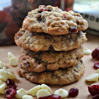 White Chocolate Oatmeal Craisin Cookies - Pick 'n Save Recipes