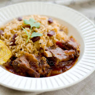 Chivo Guisado Picante Recipe (Spicy Goat Meat Stew).