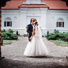 Wedding photographer Vadim Bic (VadimBits). Photo of 21.12.2015