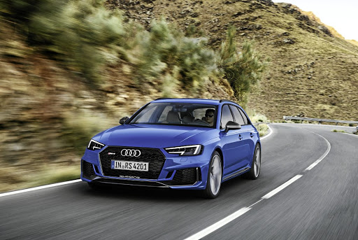 Speed And Comfort In Audis Practically Perfect RS - Audi rs4
