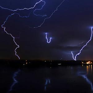 lightning-P1700220.jpg