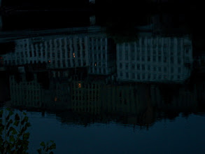 Photo: Réflexions citadines