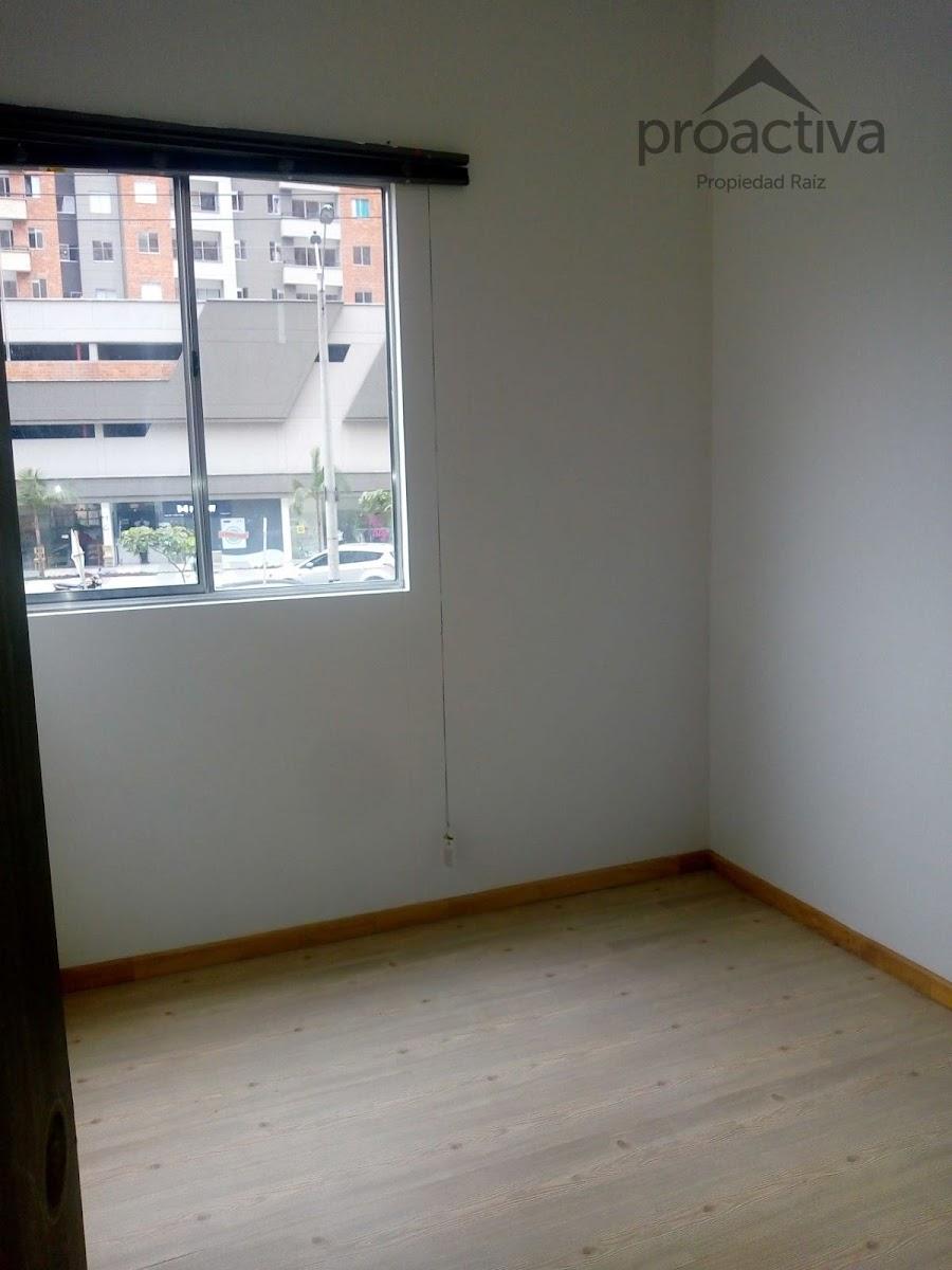 apartamento en arriendo san german 497-7248