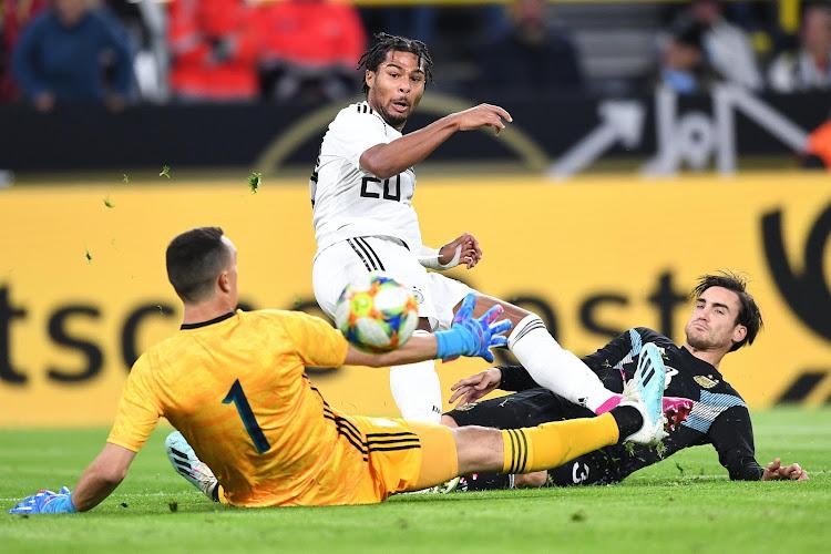 🎥 Gnabry blijft maar scoren, maar Duitsland gaf nog wel een dubbele voorsprong uit handen