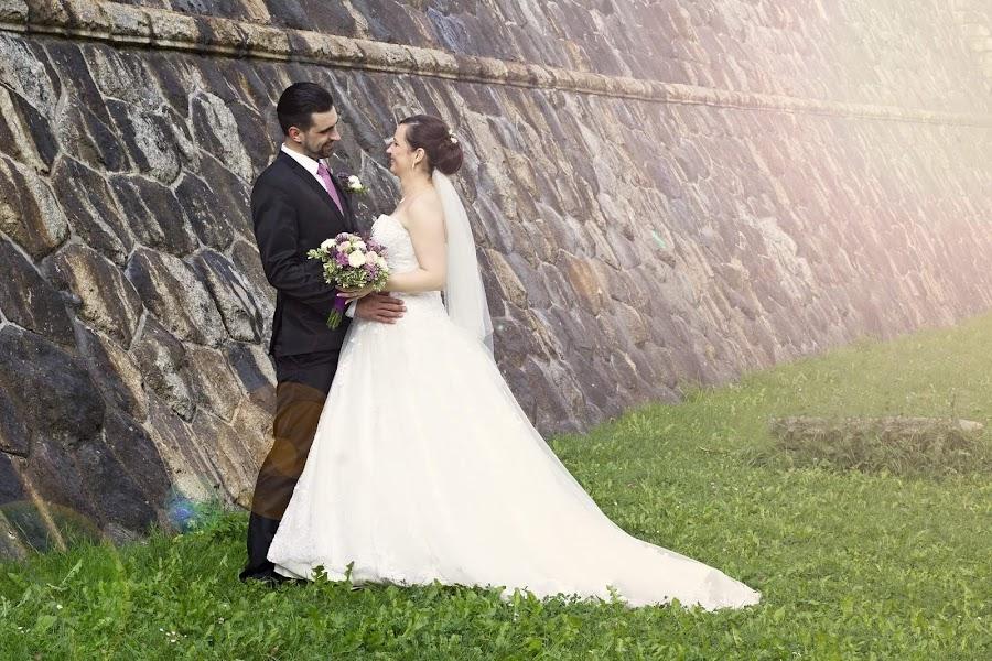Wedding photographer Jana Šťastná (StastnaJana). Photo of 02.02.2019