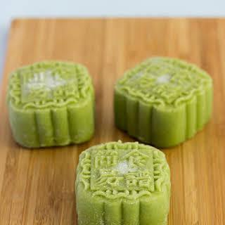 Green Tea Custard Snowskin Mooncakes.