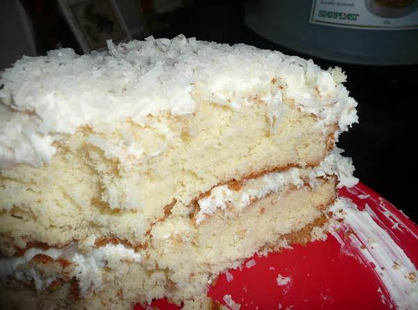 Momma's Coconut-pina Colada Birthday Cake