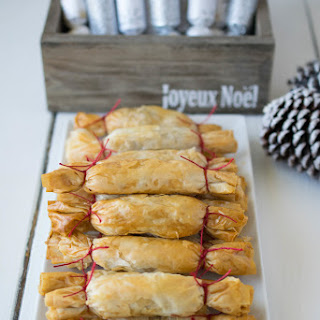 Apple and Pear Strudel Christmas Crackers