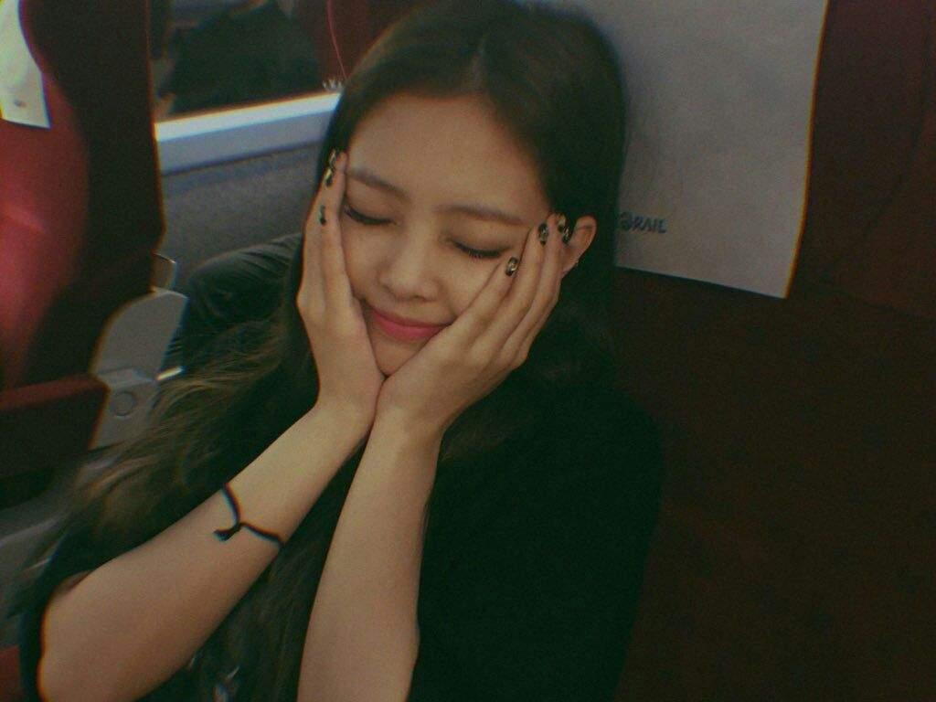 jennie face
