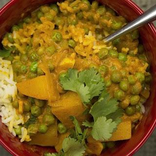 Vegan Potato and Pea Curry Recipe