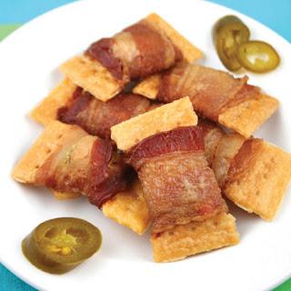 3-Ingredient Bacon Jalapeno Crackers
