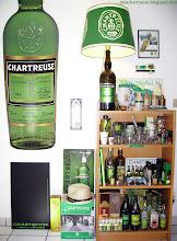 Photo: Dans l'antre du collectionneur...  Sur les étagères, aux murs, au frigo... Il y en a partout ! (merci à Rodolphe !)