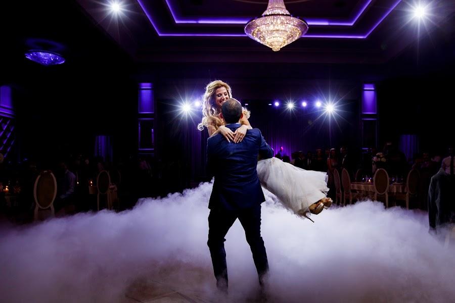 Wedding photographer Sabina Mladin (sabina). Photo of 01.12.2018