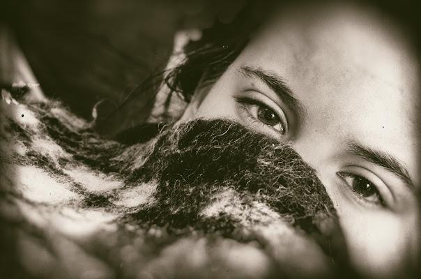 i suoi occhi di sctti