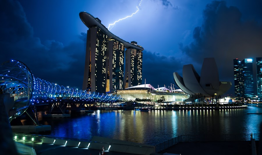 Lightning over Marina Bay Sands by Han Yi Li - Novices Only Landscapes ( lightning, double helix bridge, marina bay sands, night, art science museum, singapore, singapore river )