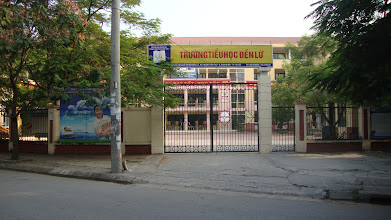 Photo: Primary school gate is 30 meters far from liengallery.