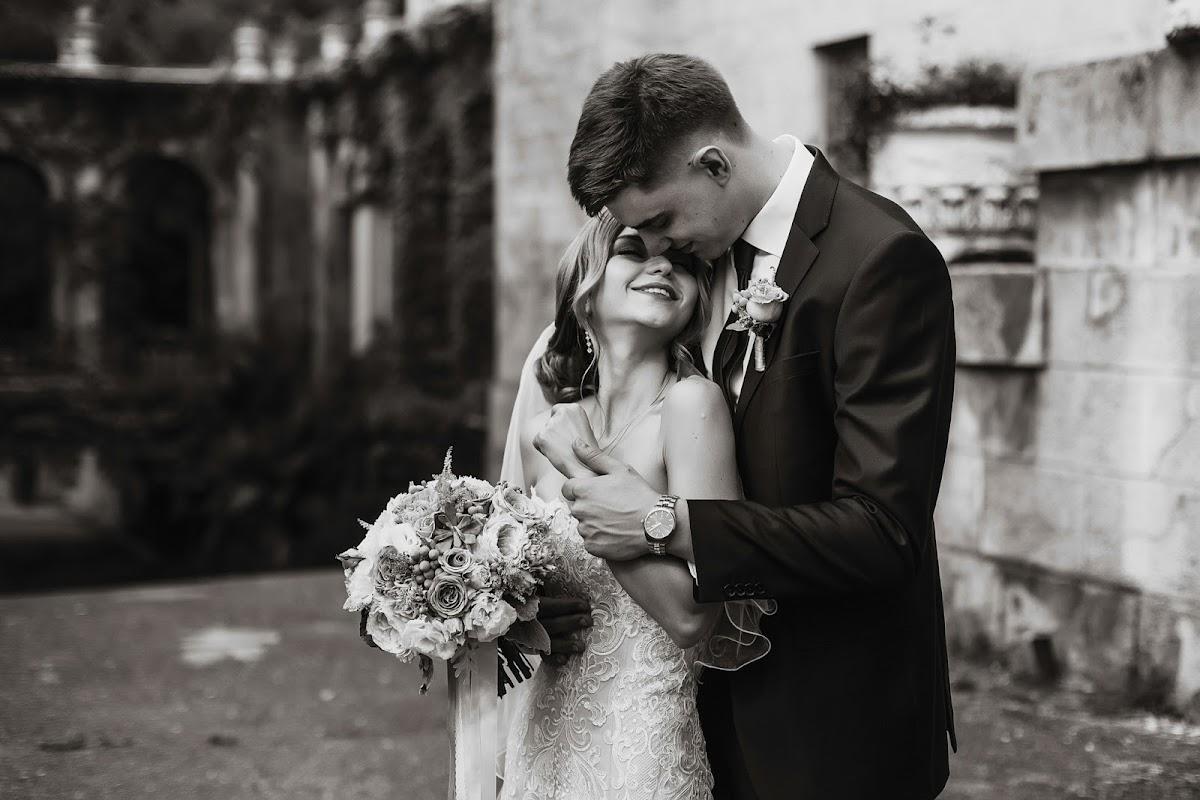 она привлекает, олег зотов фотографии свадьбы автомобильной