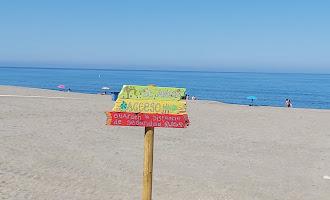 Arte en las señalizaciones de las playas de Carboneras